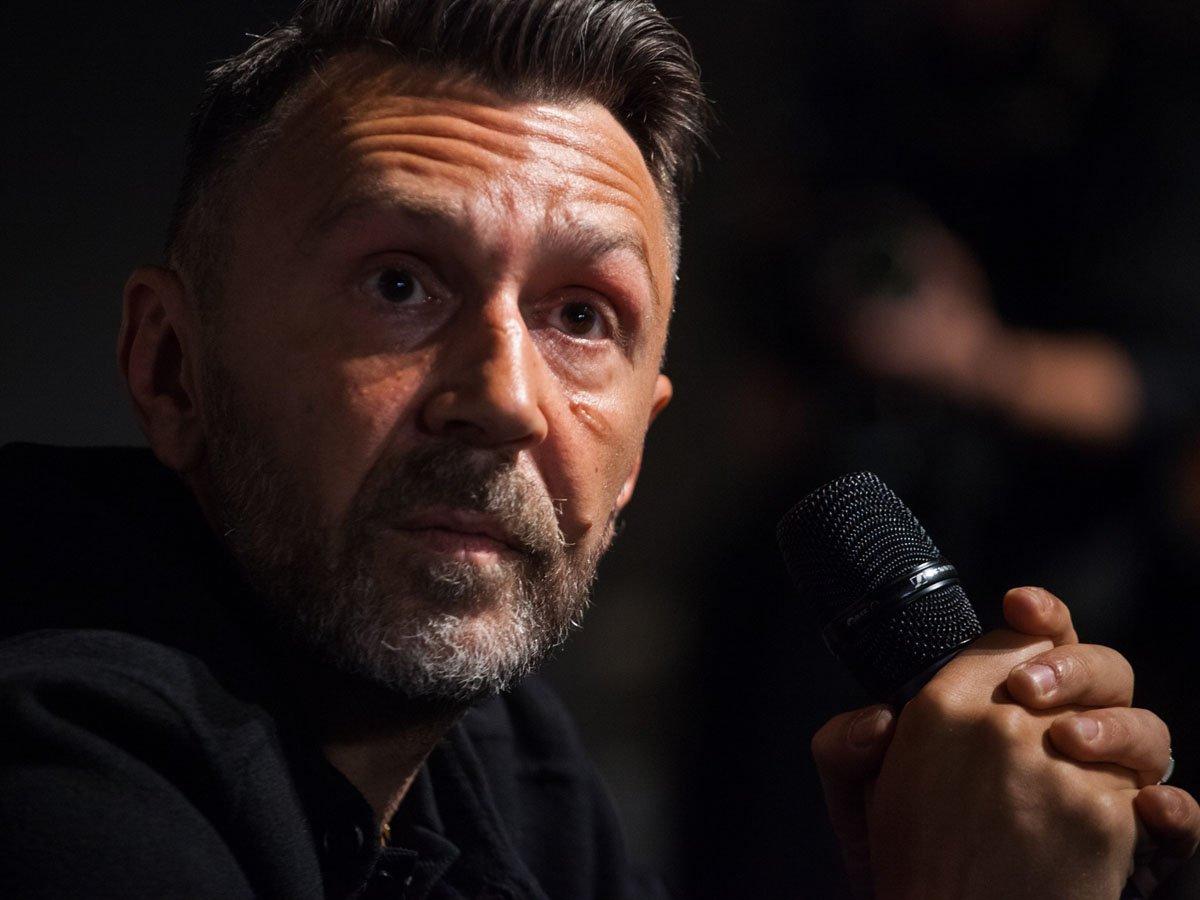 Шнуров стал генпродюсером телеканала RTVI