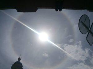 Солнечное гало над Петербургом