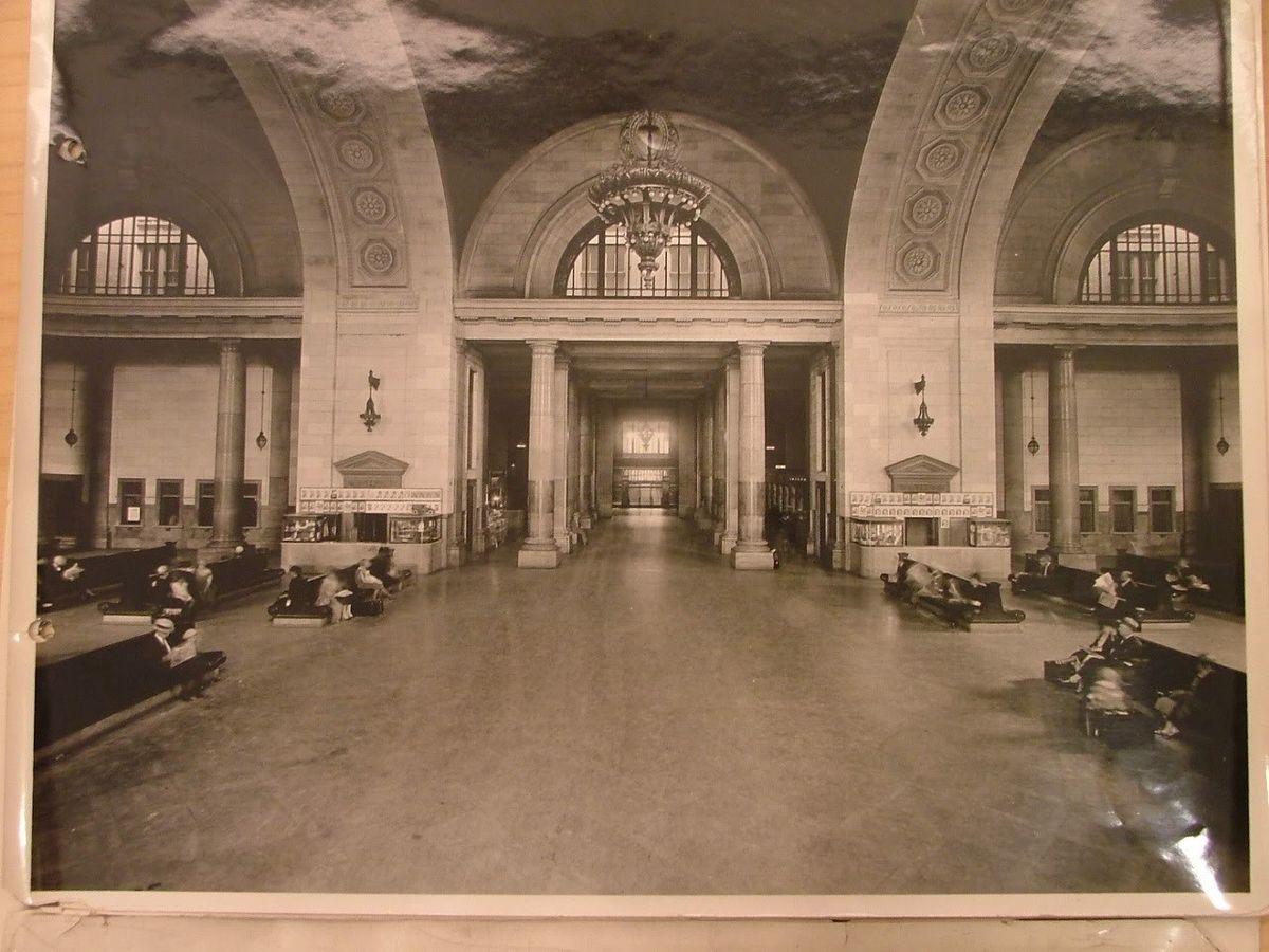Самый большой в мире заброшенный вокзал