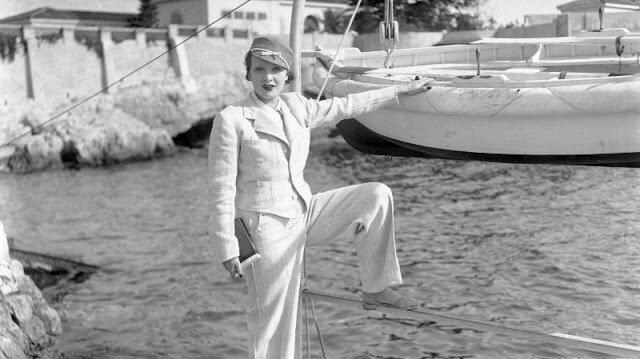 Прошлое в фотографиях: летние каникулы знаменитостей