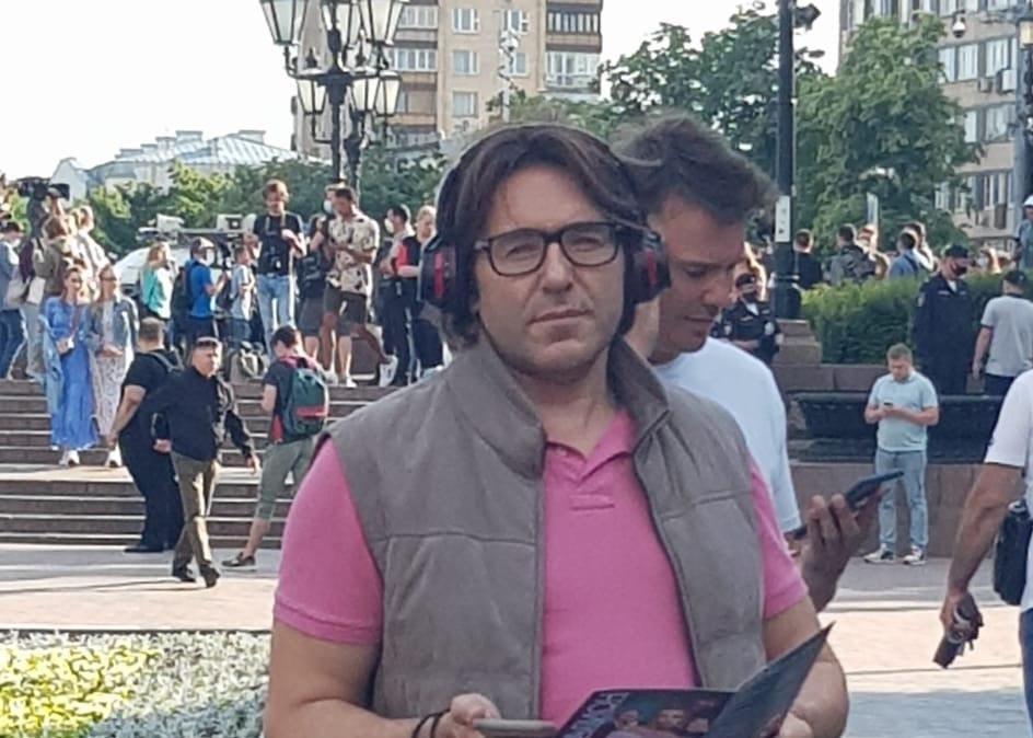 «Меня бомбит»: Малахова заметили среди протестующих против поправок