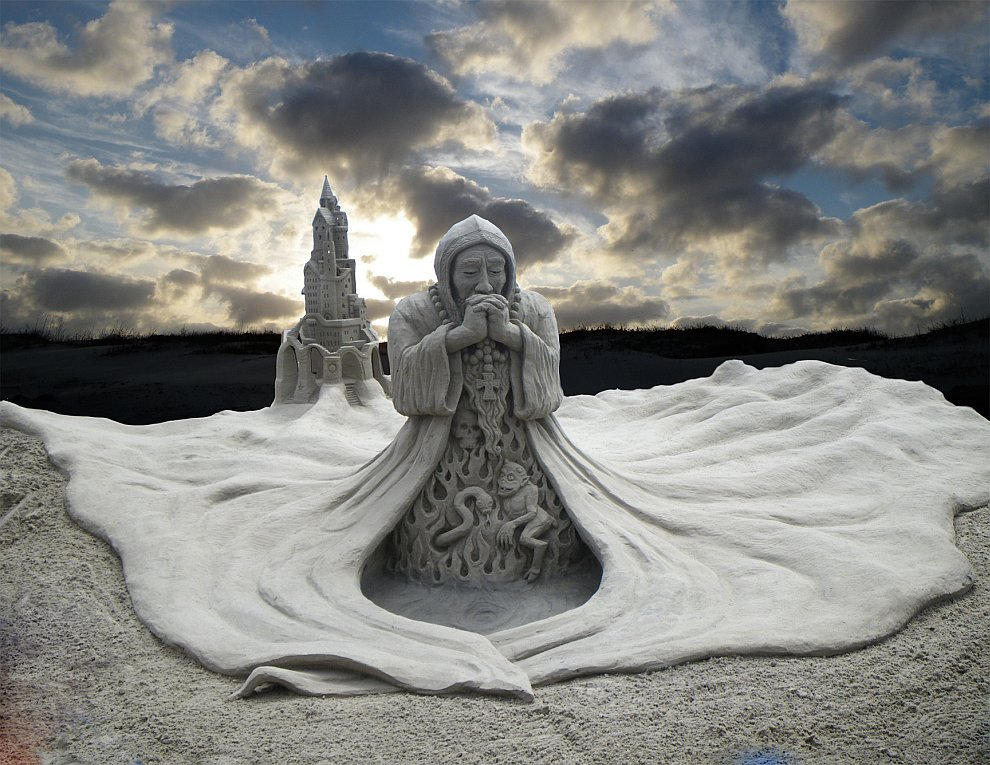 Удивительные песчаные скульптуры