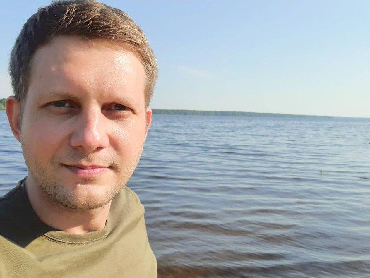Борис Корчевников показал загадочное селфи из роддома