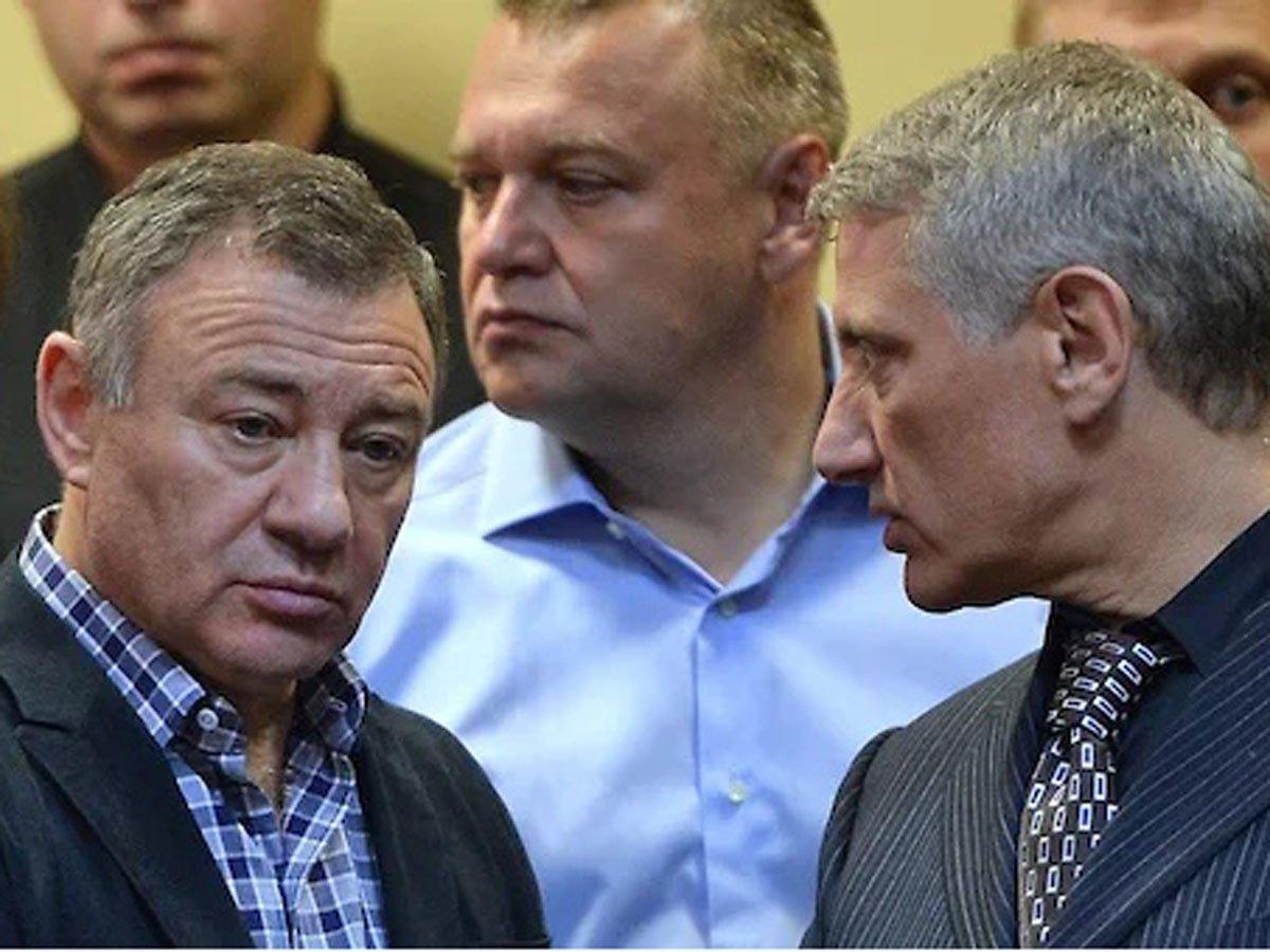 Ротенбергов обвинили в обходе санкций США
