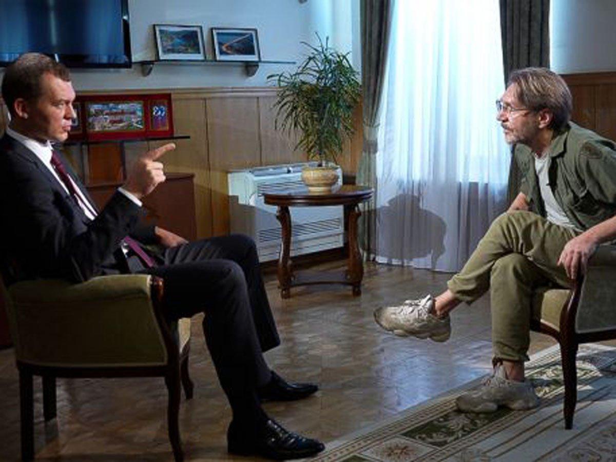 Дегтярев осбудил со Шнуровым будущие выборы