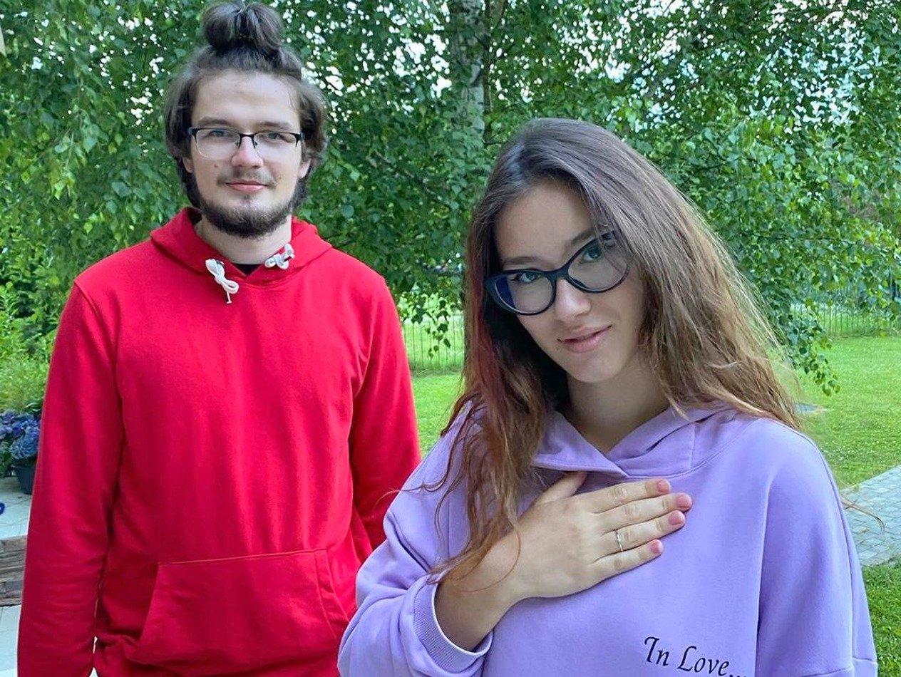 Дочь Бориса Немцова выходит замуж в 18 лет