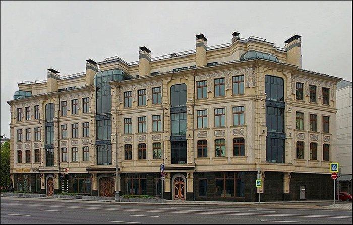 Дом главного акушера России Лейлы Адамян