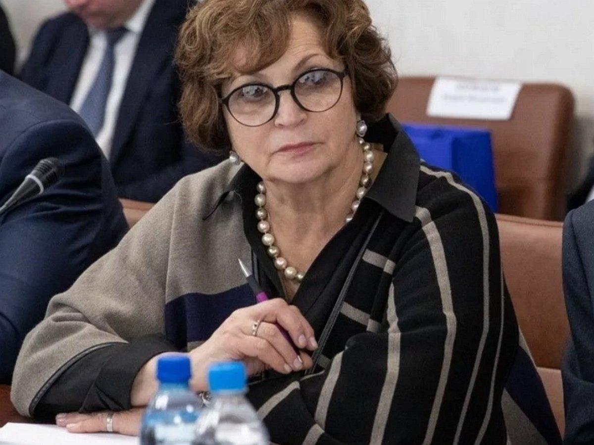 Глава Союза женщин приравняла радугу к свастике