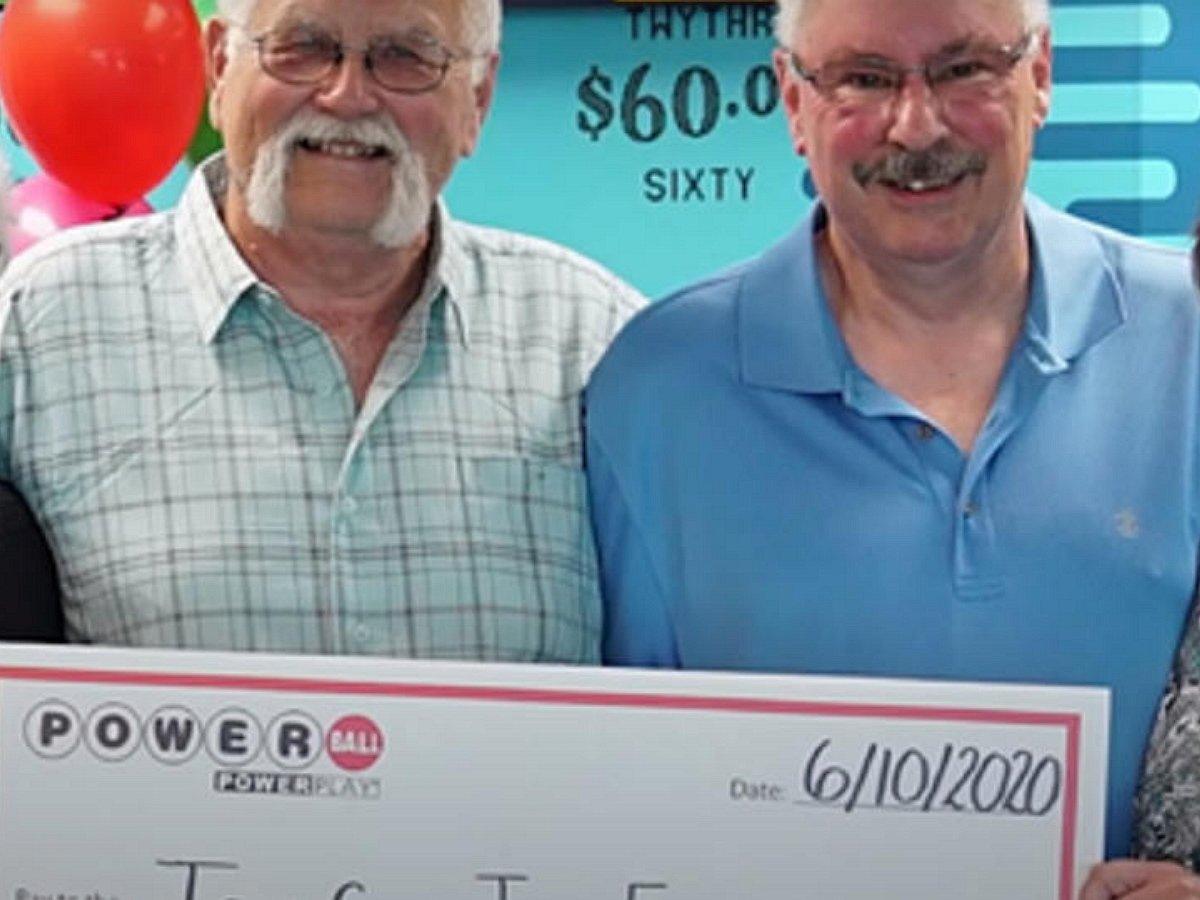 Джозеф Фини и Том Кук поделили выигрыш в 22 млн. долларов