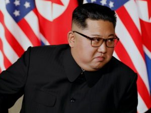 Ким Чен Ын взорвал офис в Кэсоне из-за порнолистков с женой