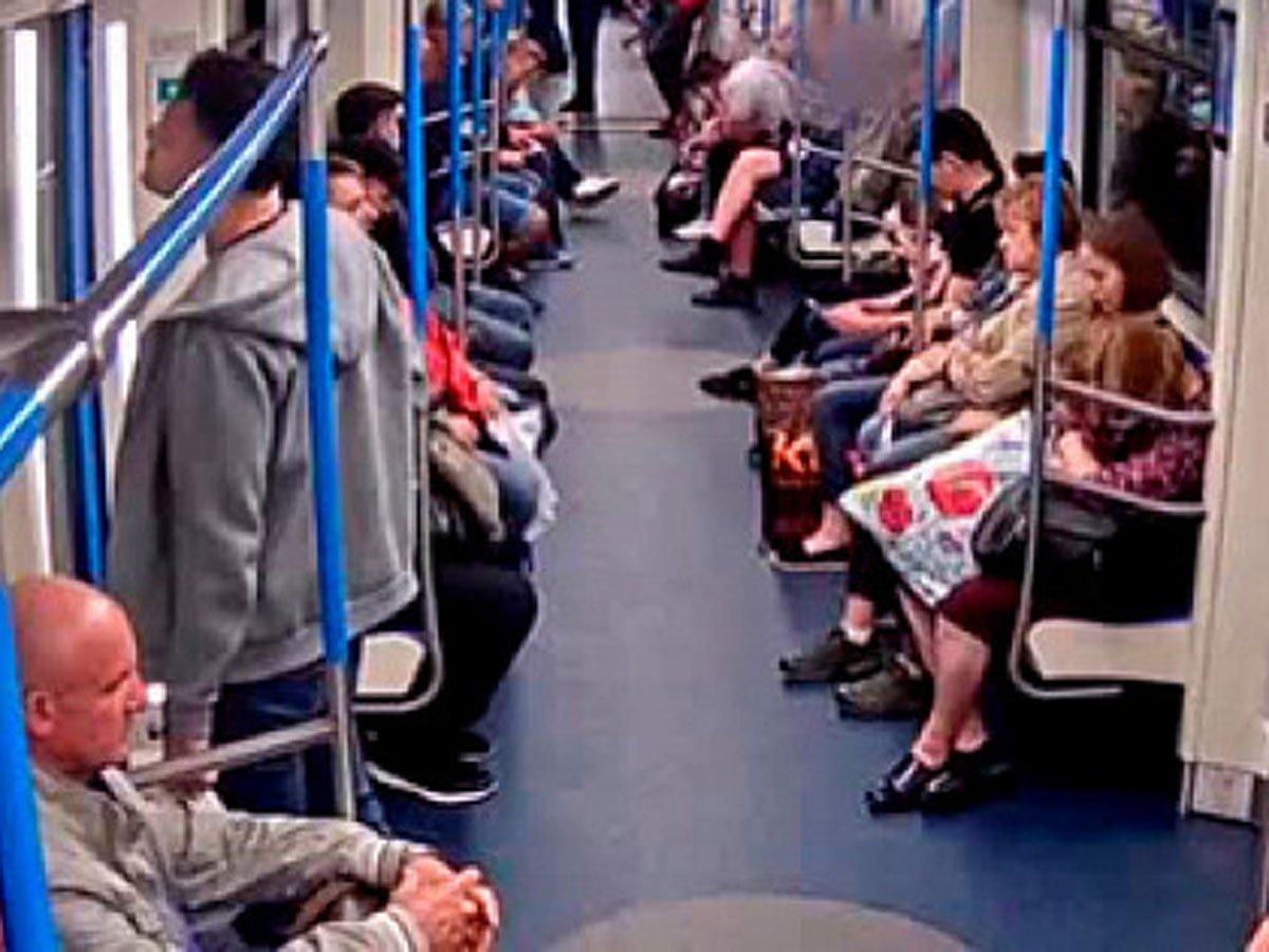 Нападение в метро с газовым баллончиком