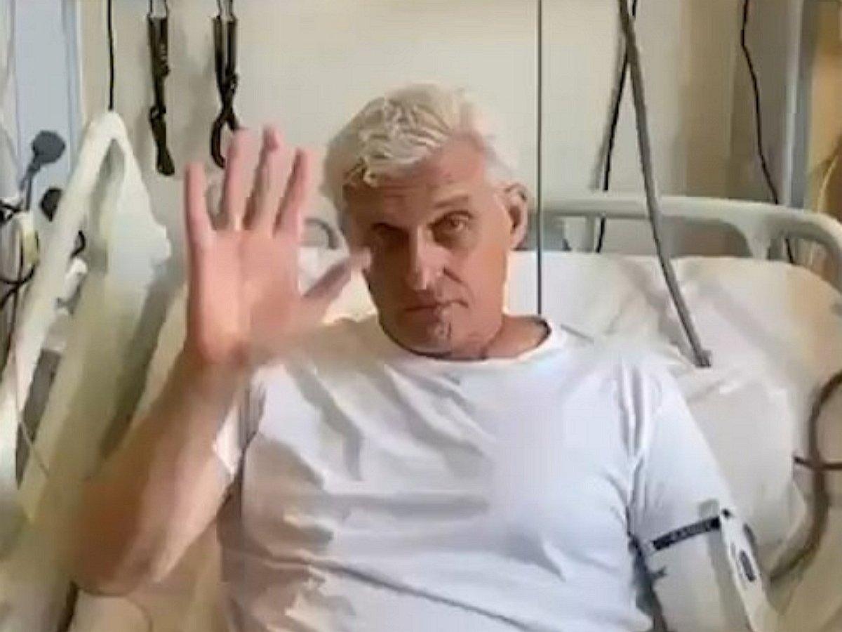 Тинькова выписали избольницы