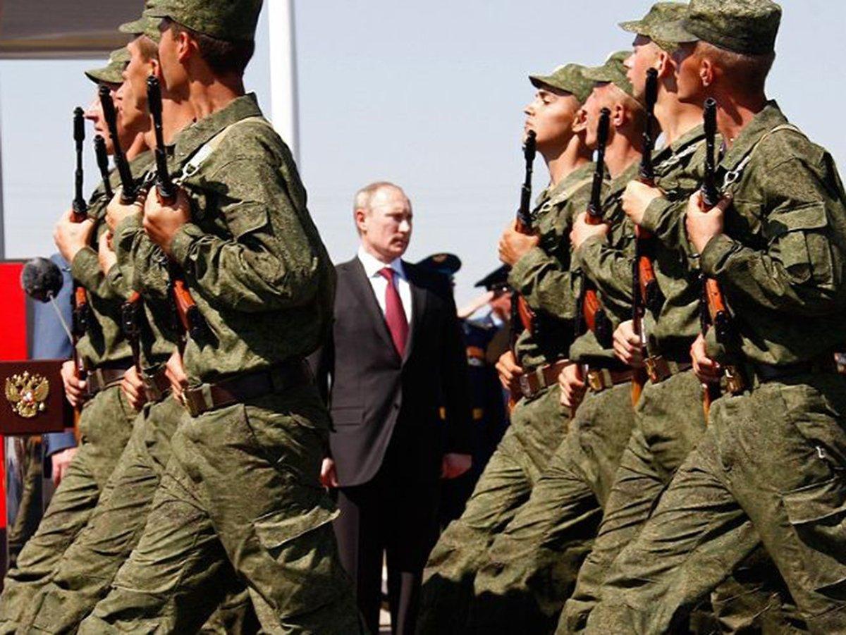 Путин поручил провести проверка армии