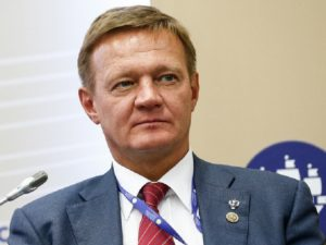 Курский губернатор забирает премии у безграмотных чиновников