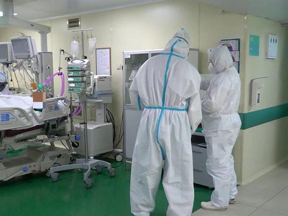 С начала эпидемии от коронавируса в России умерли более 12 000 человек
