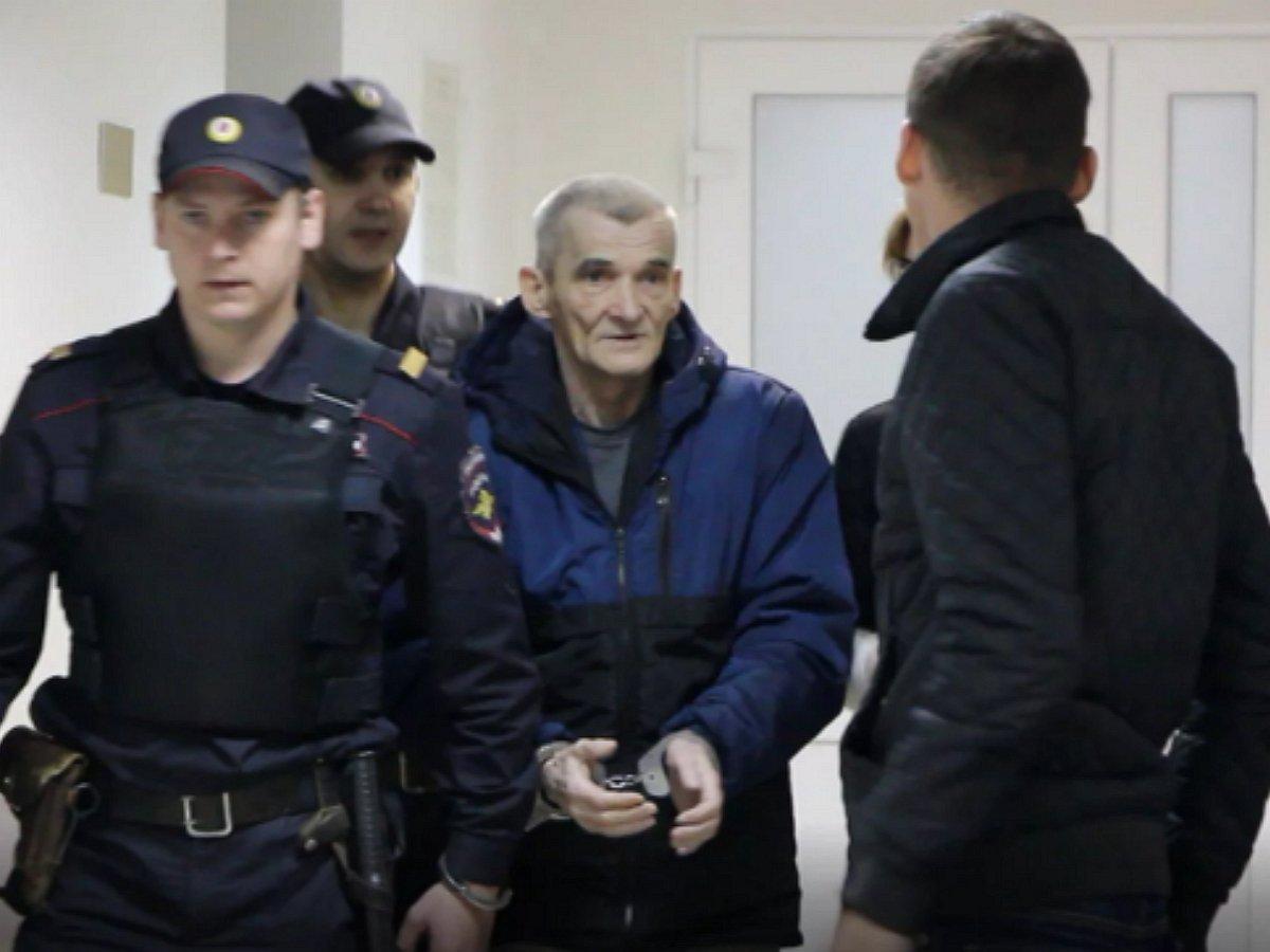 Обвинение запросило для Юрия Дмитриева 15 лет лишения свободы