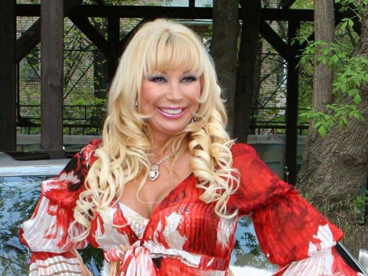Певица Маша Распутина обвинила российских звезд в безнравственности