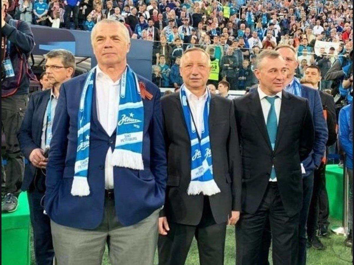 Губернатора Петербурга освистали на церемонии награждения