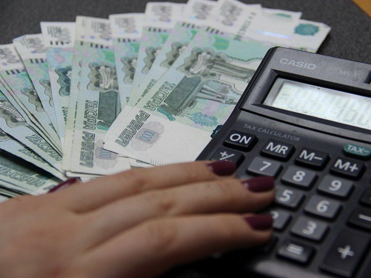 """Банки хотят списывать деньги со """"спящих"""" счетов россиян без спроса"""