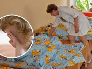 В самарском доме ребёнка воспитательница вытряхнула малышку из коляски