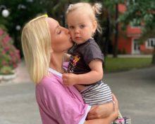 Лера Кудрявцева с дочкой Машей