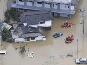 Наводнение в Японии и Китае унесли десятки жизней