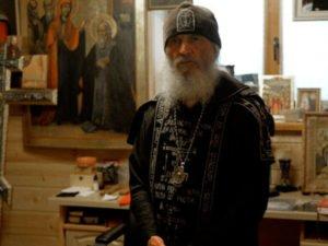 Суд оштрафовал лишенного сана отца Сергия за распространение фейков