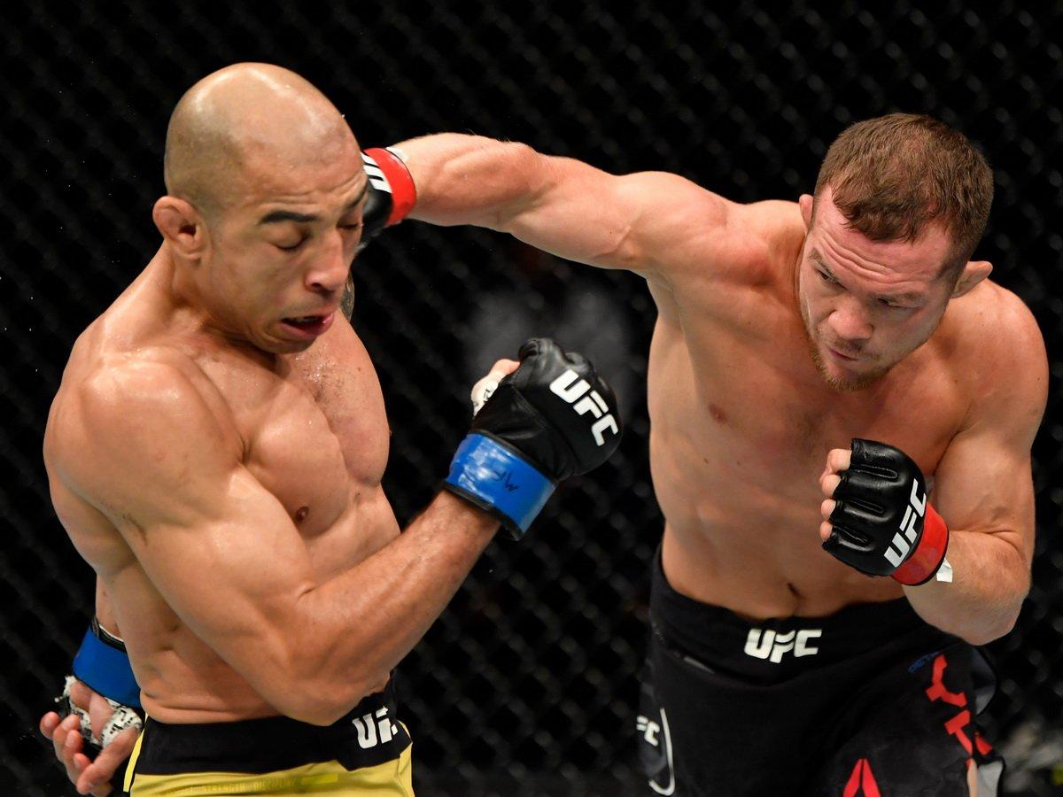 Петр Ян стал чемпионом UFC, победив в бою Жозе Альдо