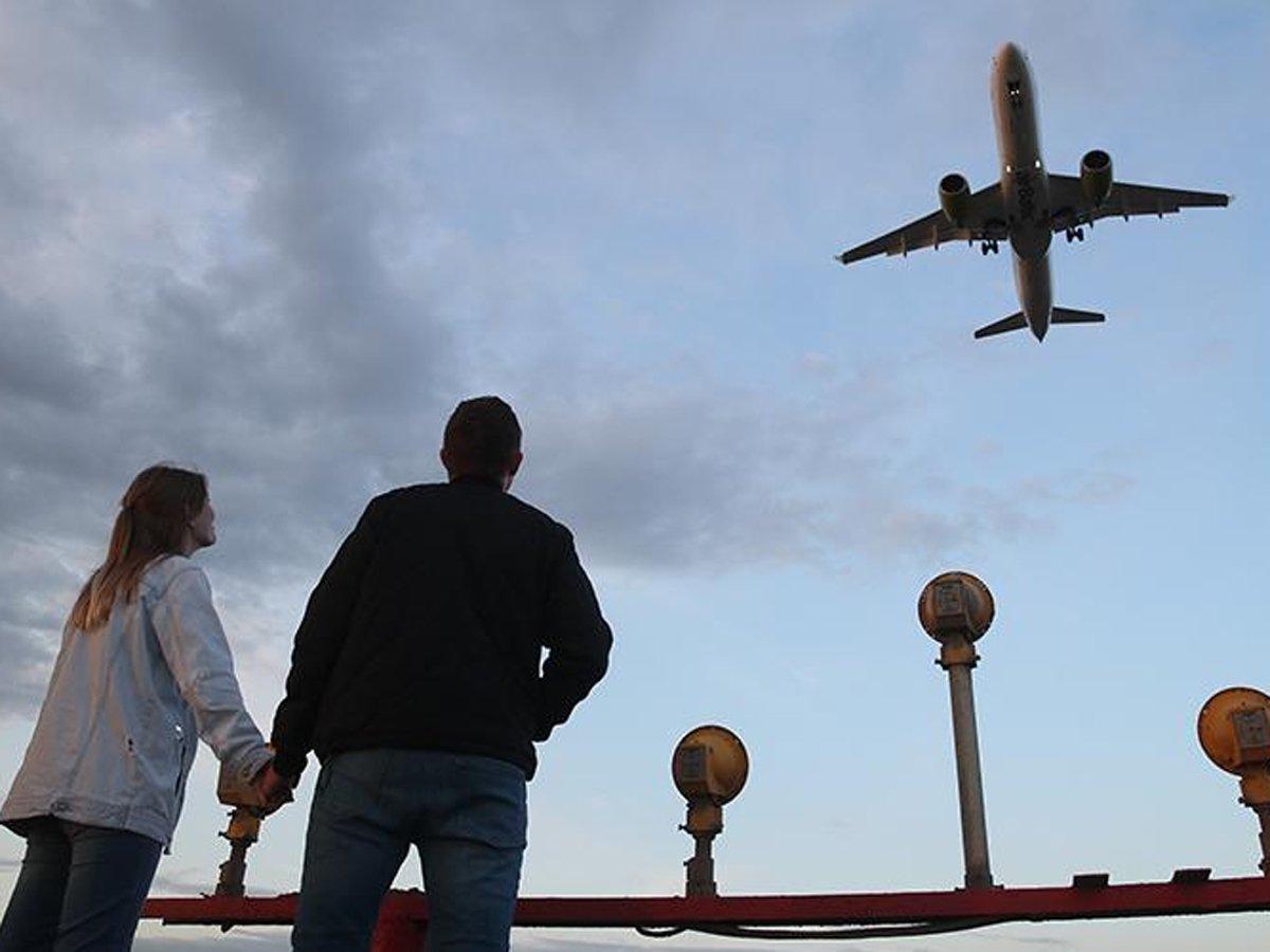 Роспотребнадзор предложил возобновить полеты в 9 стран Европы и Китай