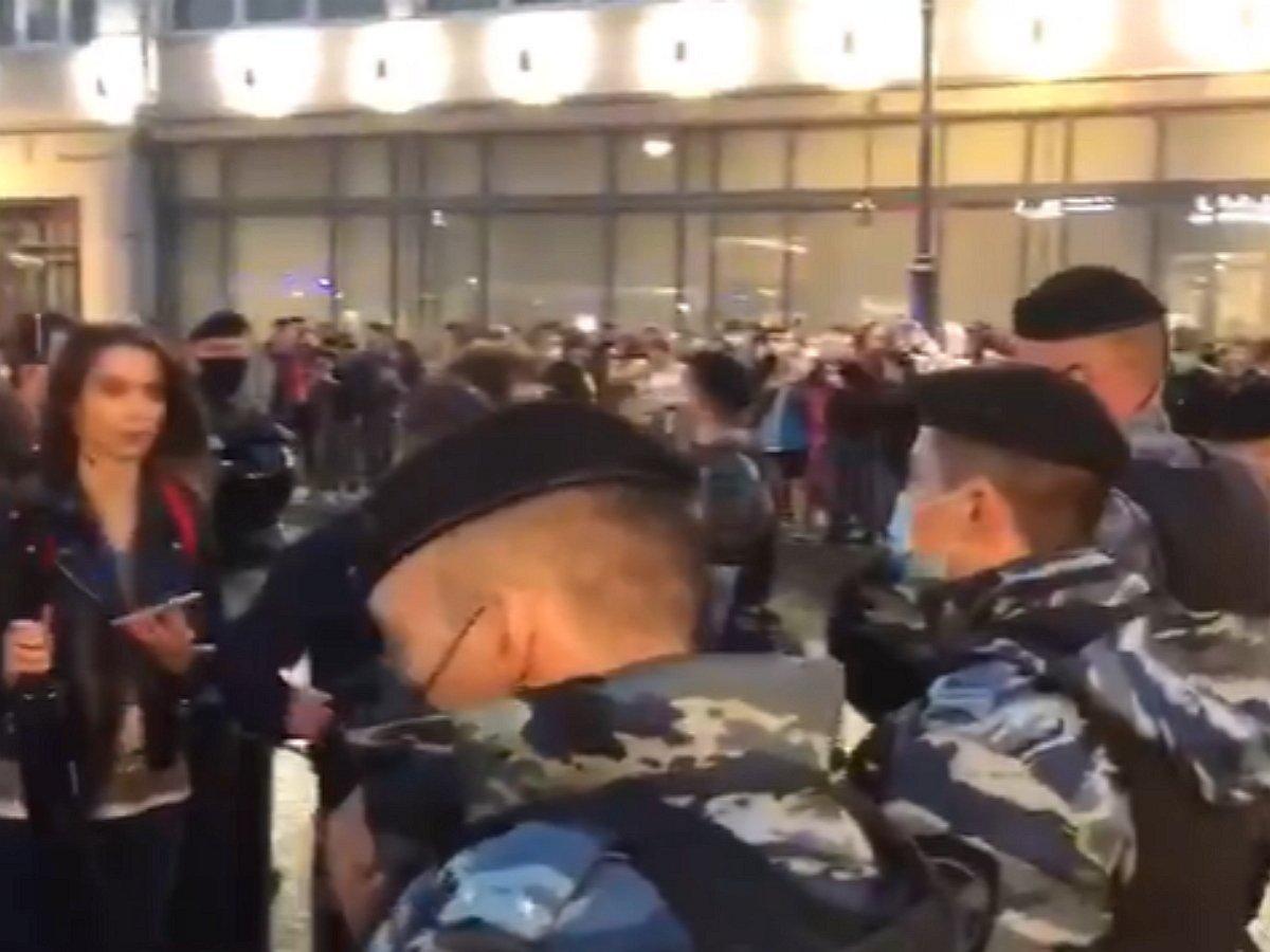 В Москве прошли акции протеста против поправок к Конституции: свыше 100 задержанных
