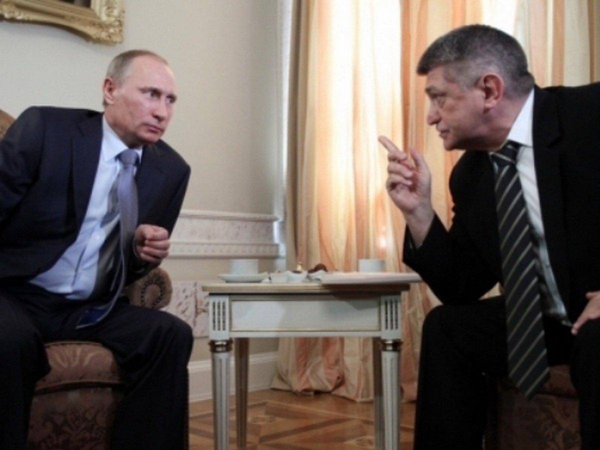 Сокуров раскрыл осведомленность Путина о воровстве в России