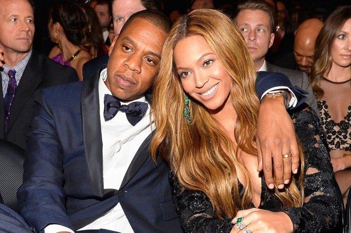 Пары знаменитостей, которые смогли простить измену