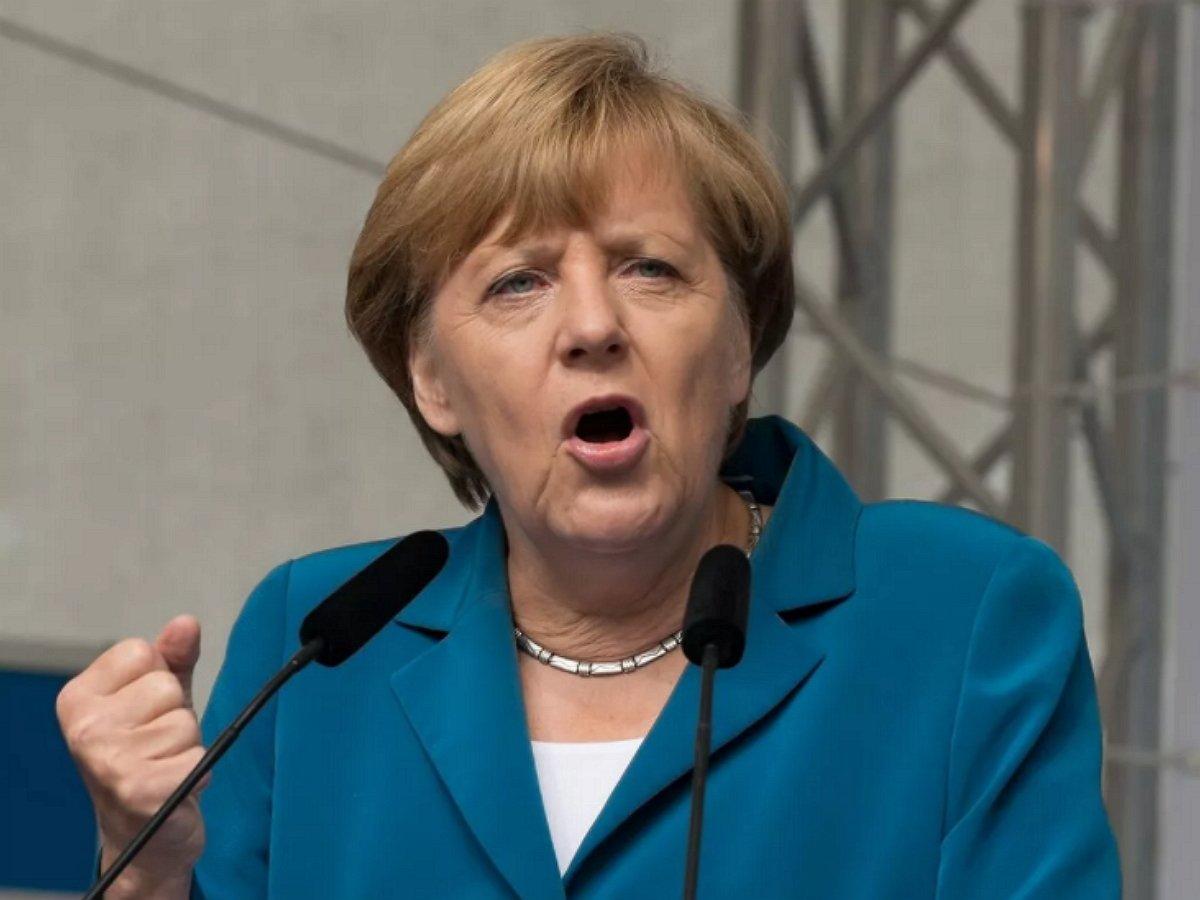 Меркель сделала заявление по Навальному