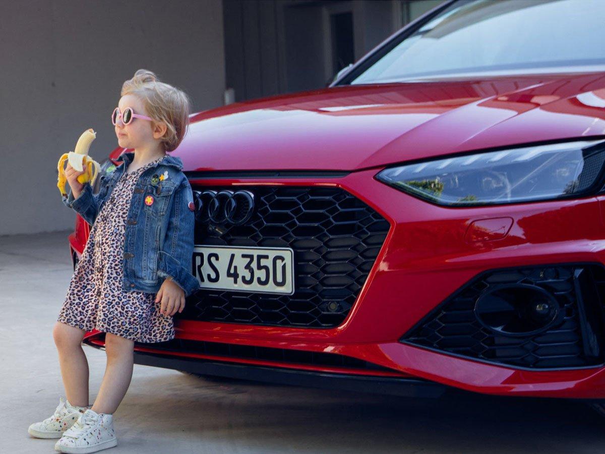 Audi извинилась за рекламу с малышкой
