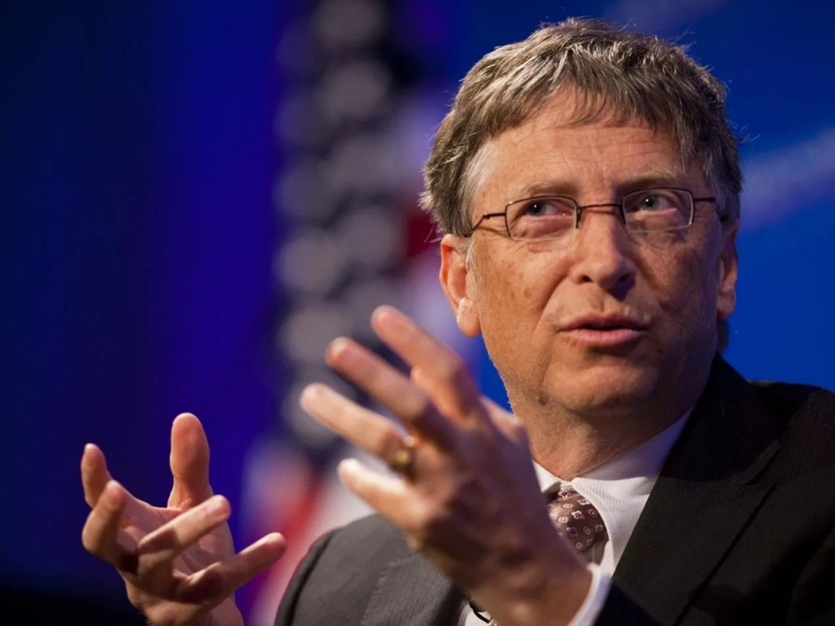 Билл Гейтс рассказал, когда мир победит COVID-19