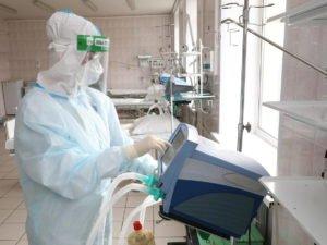 Иммунолог заявил о более тяжелом течении коронавируса осенью