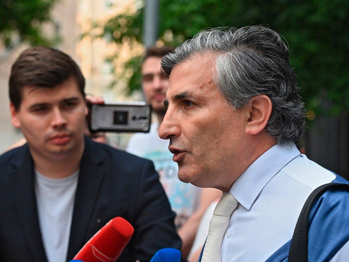 Адвокат Ефремова попал надопрос вполицию