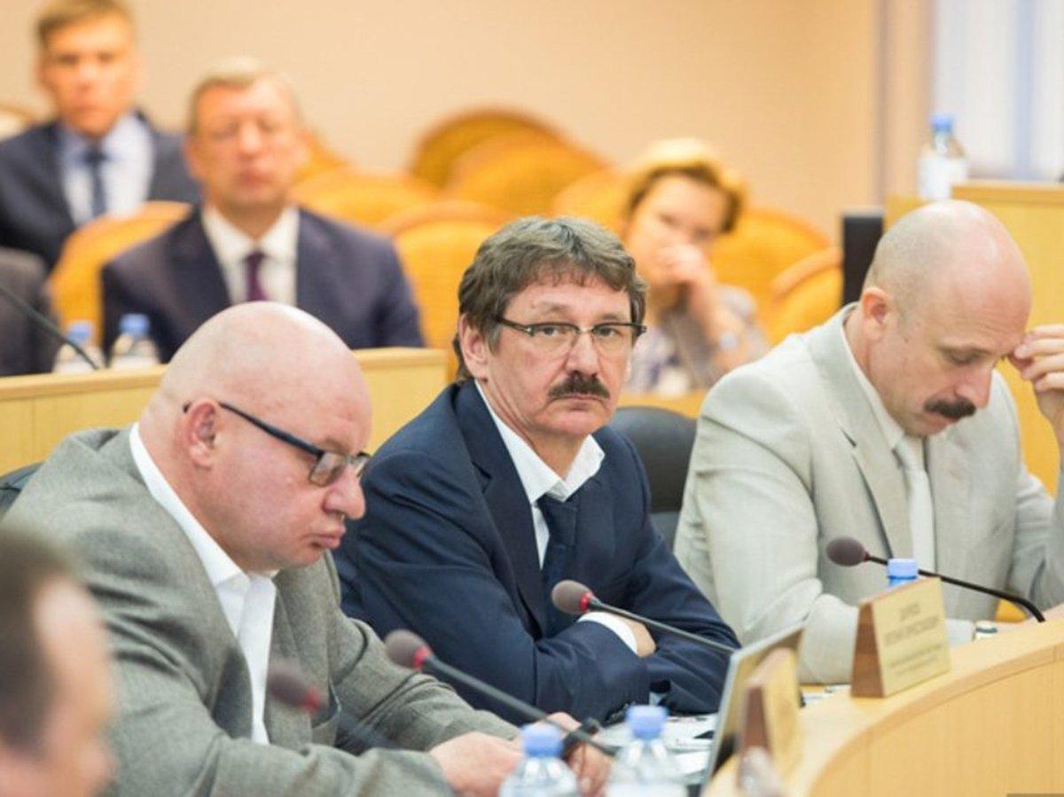 Самый богатый депутат Евгений Барсов