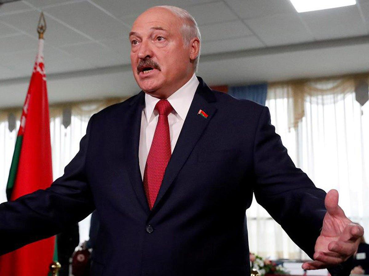 Лукашенко спародировал Ельцина