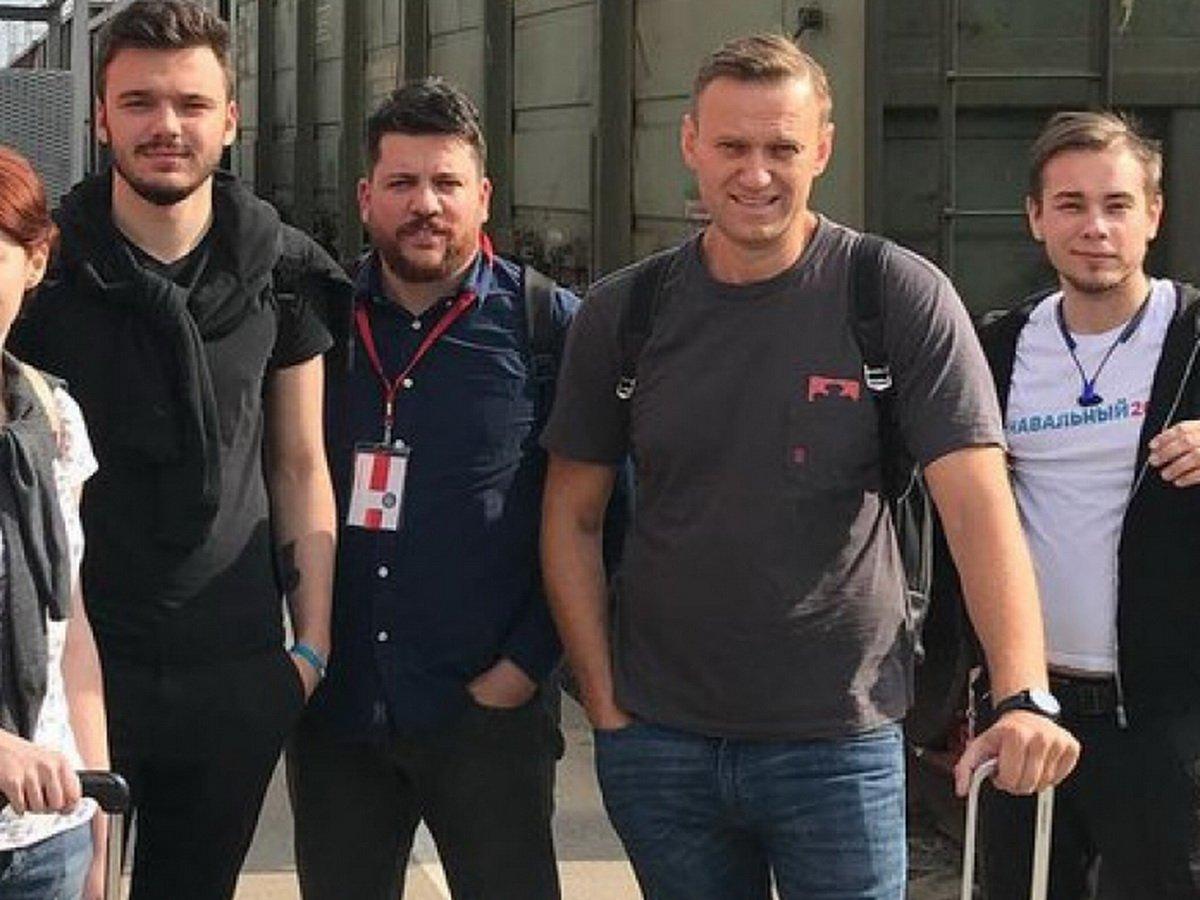 СМИ отследили маршрут Навального в Омске