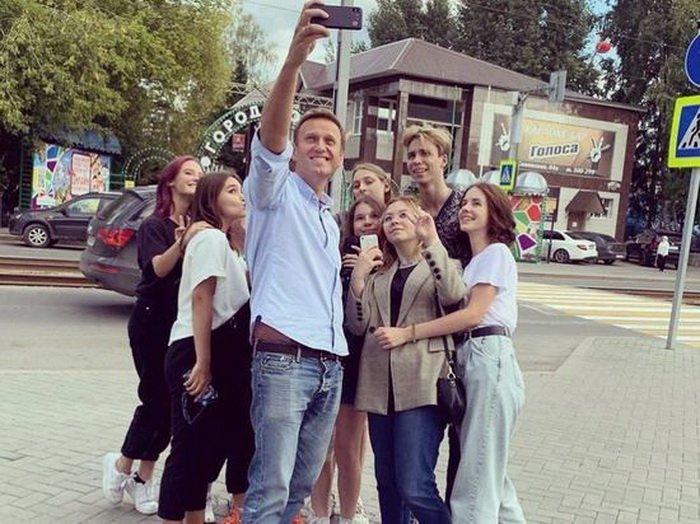 Чем занимался и где был Навальный в Томске
