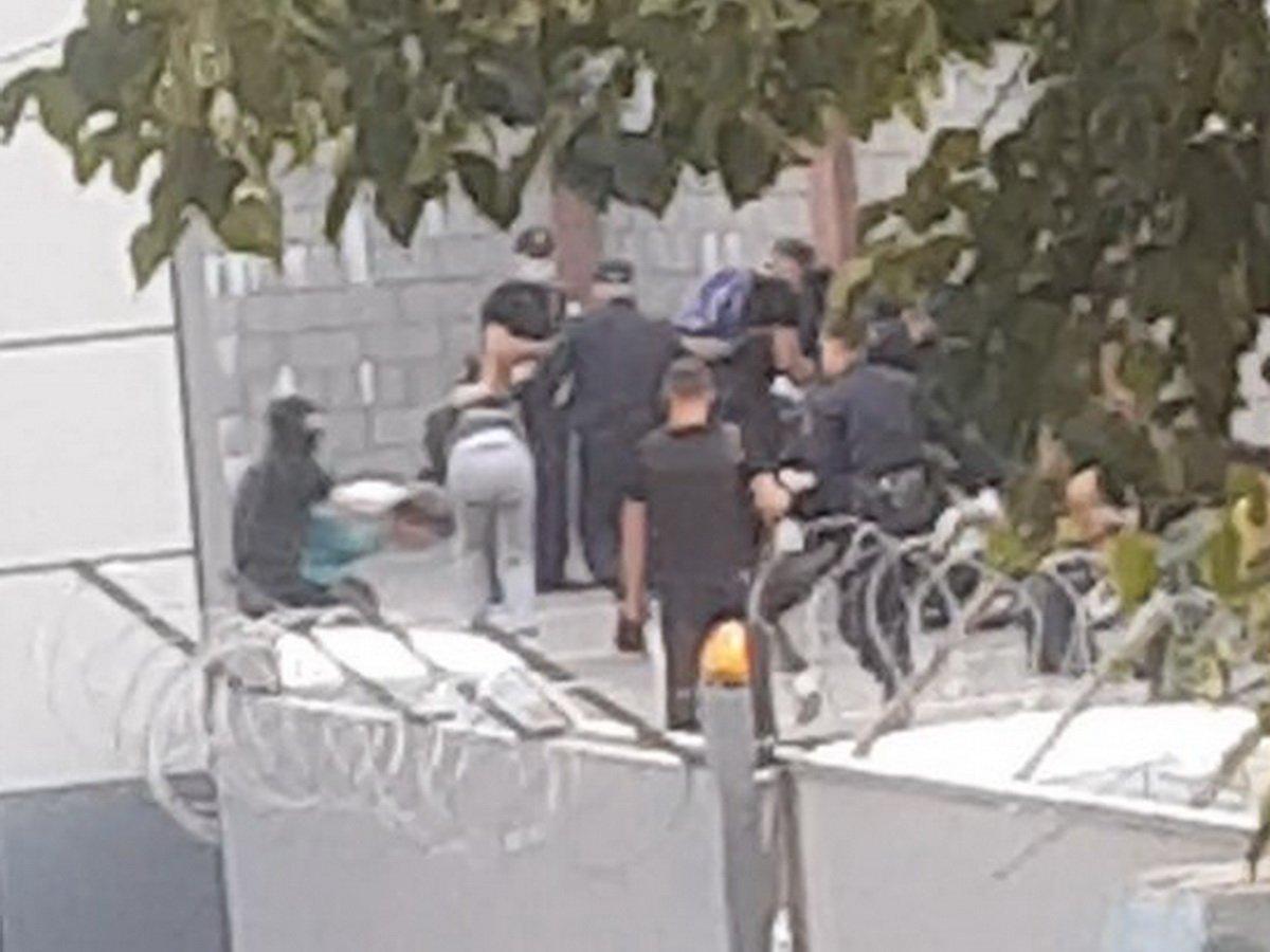 Журналист рассказал о зверствах ОМОНа в стенах РУВД в Минске
