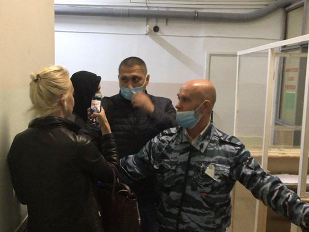 Охранники препятствуют жене Навального в больнице