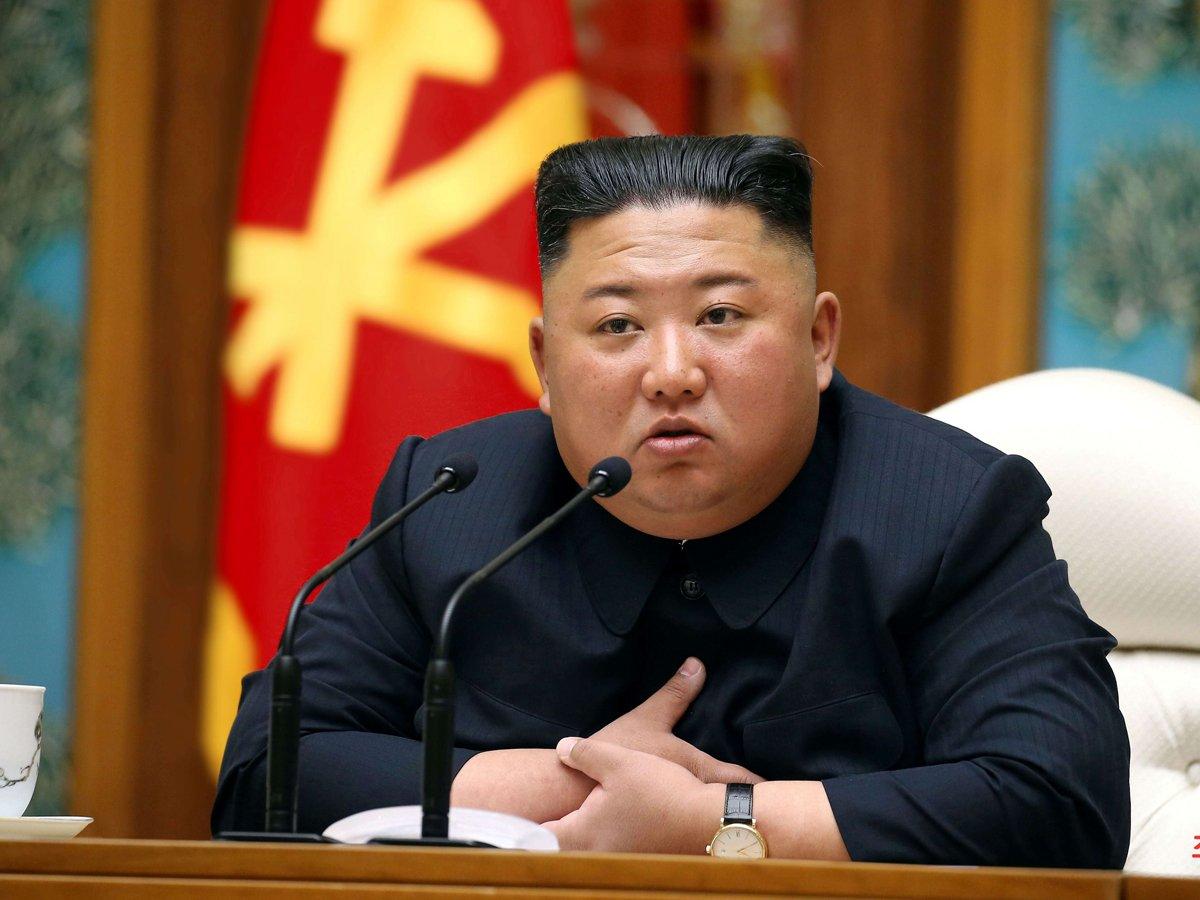 СМИ: КимЧенЫн отдает власть