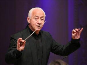 «Мне стыдно его носить»: дирижер Спиваков отказался от ордена из рук Лукашенко
