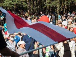 К протестам в Белоруссии присоединились заводы
