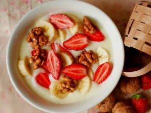 Диетолог объяснила, каким должен быть полезный завтрак