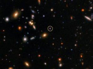 Ученые поймали сигнал, который шел до Земли 10 миллиардов лет 11