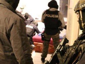 задержан российский дипломат за покупку патронов для снайперов