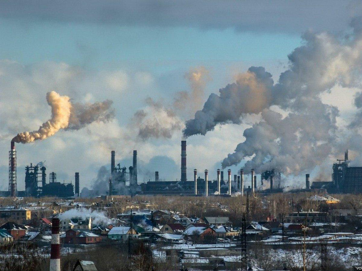 Названы регионы России с самым загрязненным воздухом